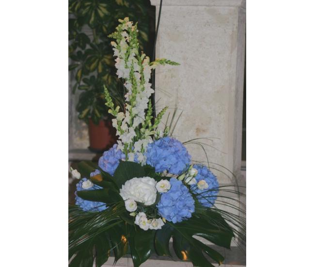 D coration d 39 glise 46 fleuriste bordeaux france fleurs for Decoration eglise