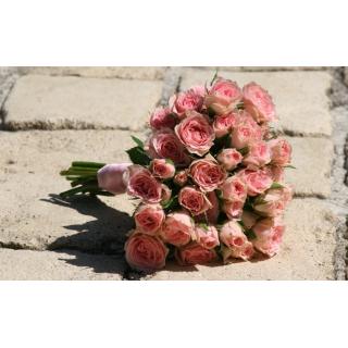 Bouquet à jeter rose
