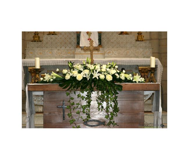 D coration d 39 glise 58 france fleurs for Decoration eglise
