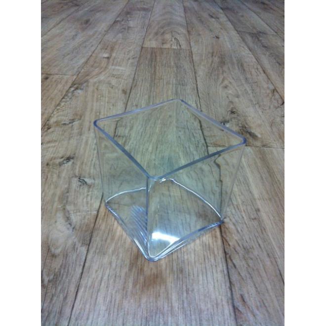 Contenant carré transparent (10x10x10 cm)