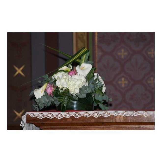 D coration d 39 glise 62 france fleurs for Decoration eglise