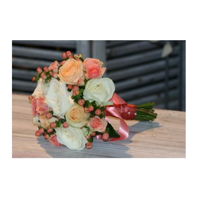 bouquet de mari e corail france fleurs. Black Bedroom Furniture Sets. Home Design Ideas