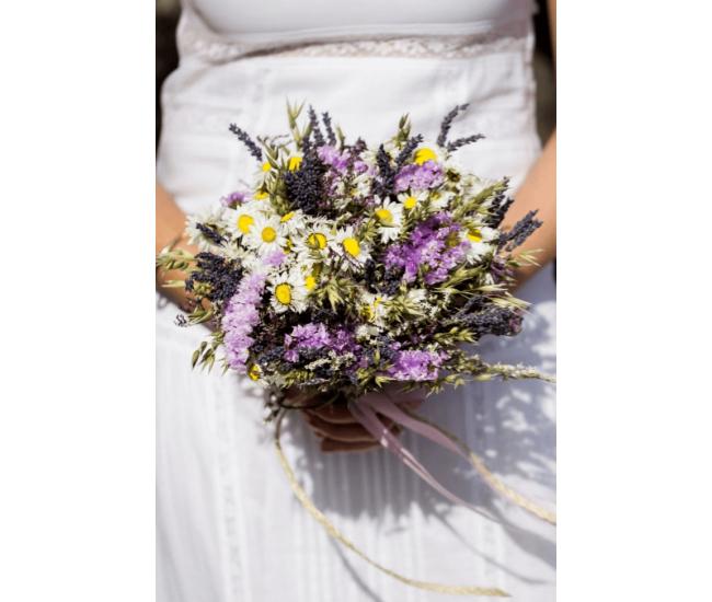 optez pour un bouquet de mari e de fleurs s ch es d couvrez maude. Black Bedroom Furniture Sets. Home Design Ideas